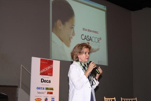 Diretora de Obras da Casa Cor, Emily Ayoub Giglio durante evento na Unigran - Crédito: Foto: O Progresso