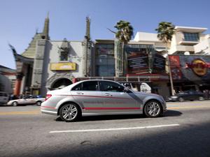 Mercedes-Benz Driving Academy começou aulas em Los Angeles - Crédito: Foto: Divulgação