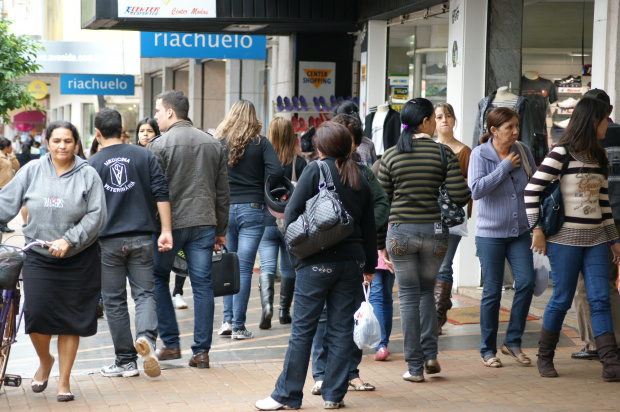 Maior procura dos consumidores deve se concentrar no centro de Dourados - Crédito: Foto: Hedio Fazan/PROGRESSO