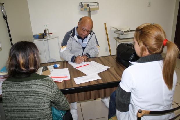 Mudança no clima faz aumentar demanda nos consultórios; tempo frio favorece doenças - Crédito: Foto: Hedio Fazan/PROGRESSO