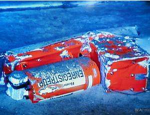 A segunda caixa-preta foi resgatada pelo robô-submarino - Crédito: Foto: Divulgação / BEA
