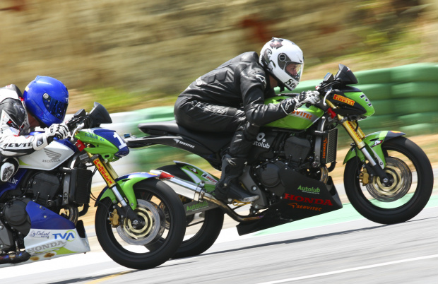 Maico Teixeira, piloto da categoria 600 Hornet - Crédito: Foto: Luiz Pires/VIPCOMM