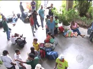 Manifestantes ocupam sede de secretaria, no CAB  - Crédito: Foto: Reprodução TV Bahia
