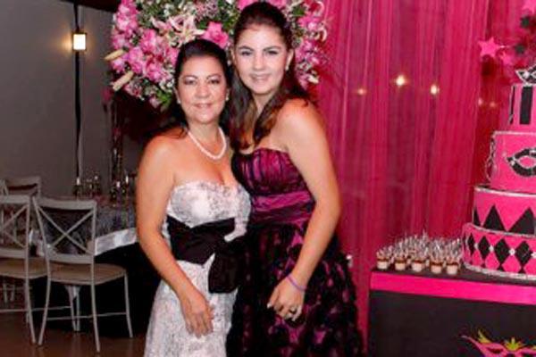 Laura Verão e sua mãe Ana -