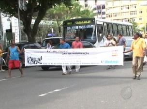 Passeata aconteceu entre o Campo Grande e a Praça Municipal - Crédito: Foto: Reprodução/TVBA