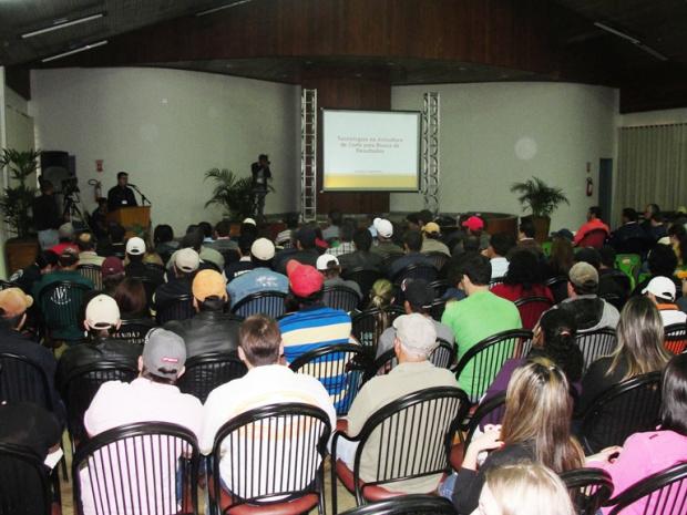Especialista discute mercado da avicultura durante evento técnico realizado na Expoagro - Crédito: Foto: Divulgação