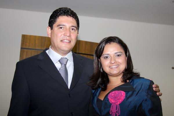 Maracaju - Prefeito Celso Vargas e Giovana. -