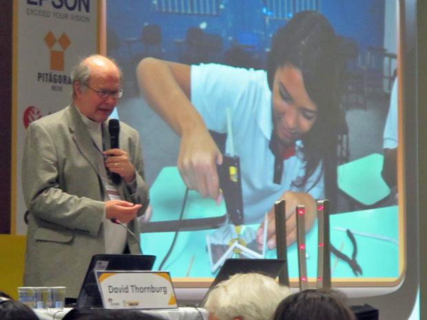 David Thornburg desafia escola a usar tecnologia sem gastar muito - Crédito: Foto: Maria Angélica Oliveira/G1