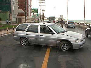 Condutor sem CNH atropela mulher em Ondina  - Crédito: Foto: Reprodução/TV bahia