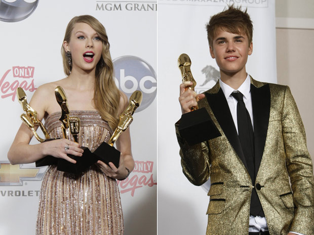 Taylor Swift e Justin Bieber posam com prêmios do Billboard Awards - Crédito: Foto: Reuters