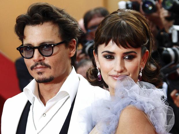 """Johnny Depp e Penelope Cruz no lançamento de \""""Piratas do Caribe 4\"""" em Cannes, no último dia 14. - Crédito: Foto: Reuters"""