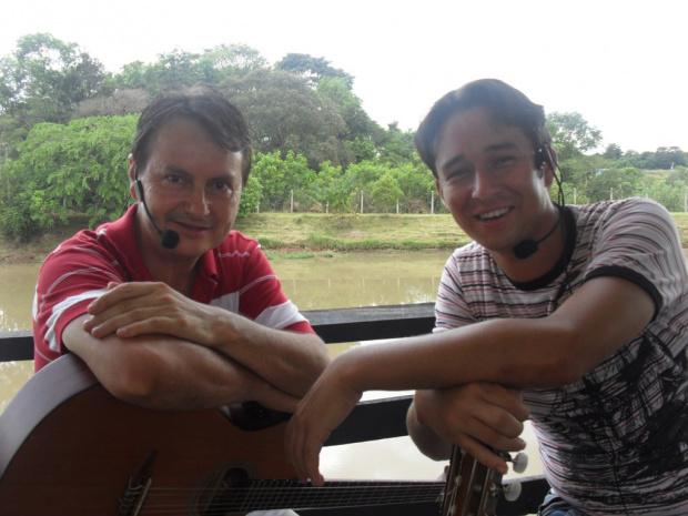 Marco Aurélio e Gabriel toca os diversos estilos da música regional - Crédito: Foto : Divulgação