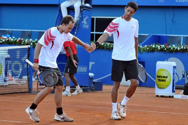 Duplistas brasileiros estreiam em Roland Garros -