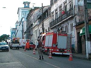 Desabamento aconteceu nesta madrugada, no bairro da Soledade - Crédito: Foto: Reprodução/TV Bahia