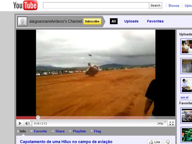 Passageiro é lançado para fora do carro durante capotagem em Alagoas - Crédito: Foto: Reprodução