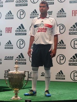 Vinícius quer fazer história dentro do Palmeiras  - Crédito: Foto: Diego Ribeiro/Globoesporte.com