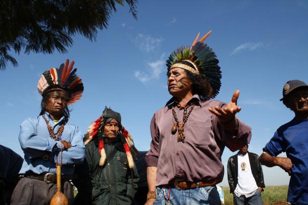 Indios das etnias Caiuás e Guaranis ocupam fazenda em Dourados  - Crédito: Foto: Cesar Firmino
