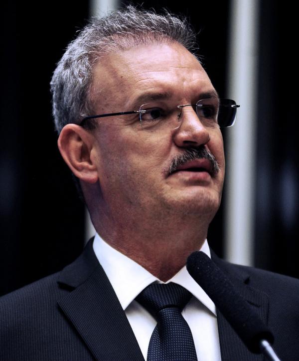 Coordenador da bancada de MS, Geraldo Resende, discute a Sudeco - Crédito: Foto : Divulgação