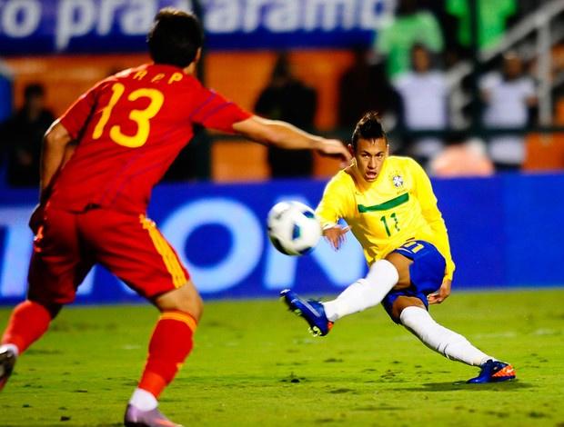 Neymar em ação no jogo de despedida de Ronaldo da Seleção - Crédito: Foto: Marcos Ribolli / Globoesporte.com