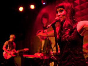 Uyara Torrente, vocalista da Banda Mais Bonita da Cidade - Crédito: Foto: Daigo Oliva/G1