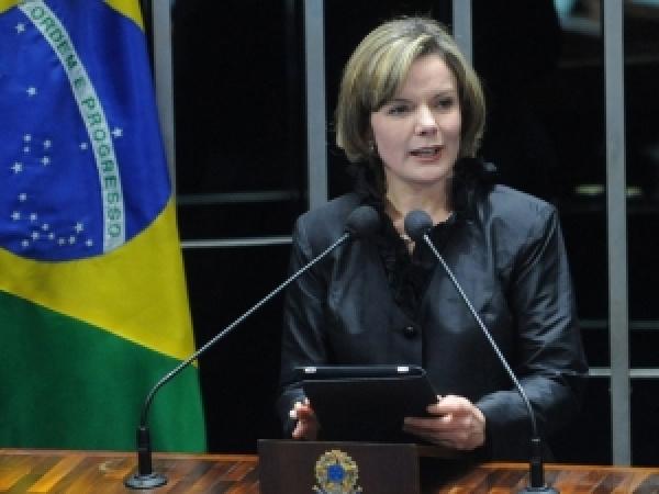 Nova ministra discursa na posse Foto: Agência Brasil -