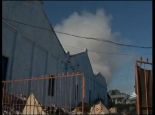 Incêndio destrói fábrica de borracha na Bahia -