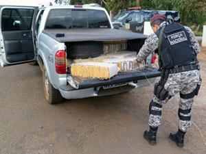 Maconha estava escondida em carroceria de picape furtada - Crédito: Foto: Divulgação/Força Nacional