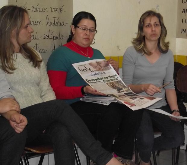 Educadores analisam conteúdos do jornal O PROGRESSO - Crédito: Foto: Aline Silva
