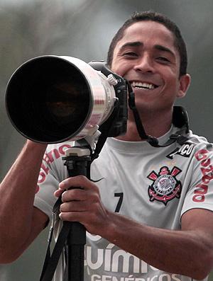 Jorge Henrique fica no Timão até 2014 - Crédito: Ag. Estado
