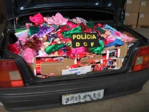 Polícia apreende roupas, brinquedos e cosméticos contrabandeados em MS - Crédito: Foto: Divulgação/DOF