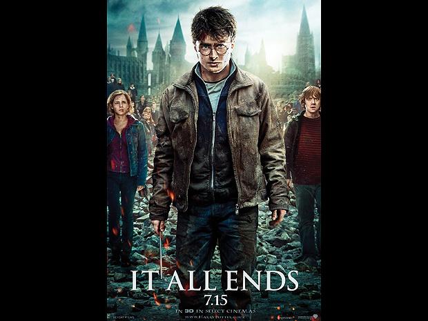 Novo pôster de \'Harry Potter e as relíquias da morte, parte 2\', traz o trio principal do filme reunido - Crédito: Foto: Divulgação