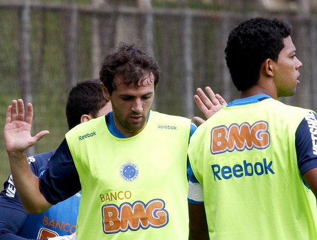 Montillo, no treino do Cruzeiro - Crédito: Foto: Washington Alves / Vipcomm