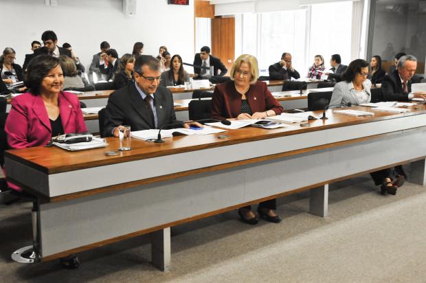 Comissão de Educação, Cultura e Esporte do Senado aprovou ontem projeto de lei sobre o bullyng - Crédito: Foto : José Cruz /Agência Senado