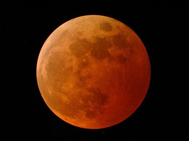 Eclipse lunar irá deixar a lua com tons alaranjados no dia 15 de junho de 2011. - Crédito: Foto: Arquivo