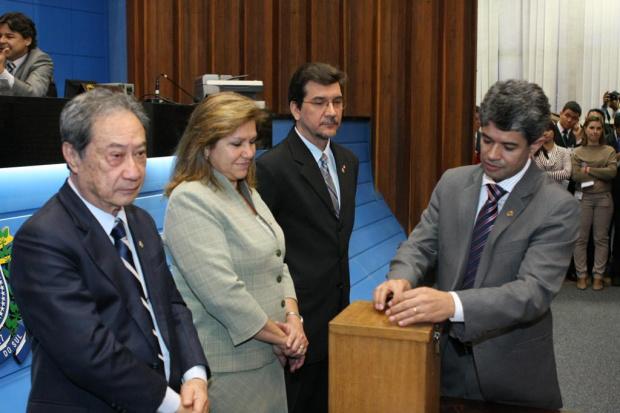 Deputado Professor Rinaldo durante votação ontem para indicação ao TCE - Crédito: Foto : Giuliano Lopes