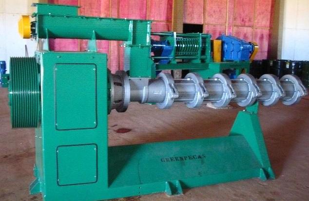Máquina extrusora é equipamento robusto e simples na instalação e operação. - Crédito: Foto : Divulgação