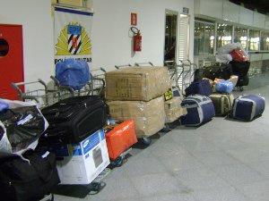 PM apreende 680 quilos de produtos contrabandeados na rodoviária de Campo Grande - Crédito: Foto: Divulgação/PM