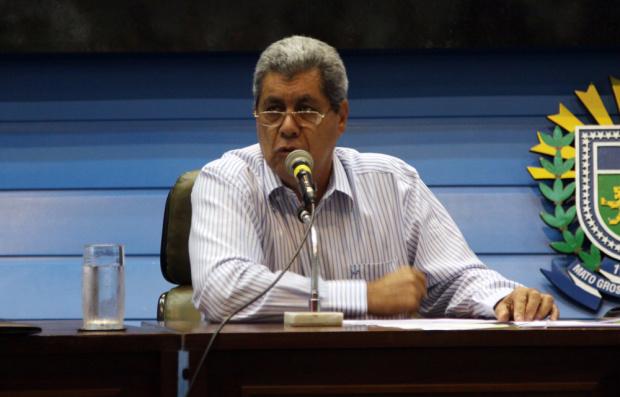 André diz quue os prefeitos não precisam gastar com a elaboração de projetos - Crédito: Foto : Rachid Waqued