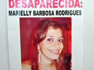 Família chegou a fazer cartaz sobre desaparecimento - Crédito: Foto: Fernando da Mata/G1 MS
