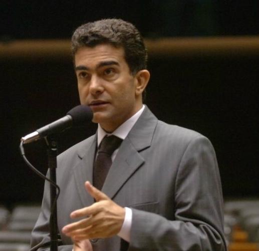 Marçal Filho apresenta projeto para que receituário médico especial tenha validade nacional - Crédito: Foto : Divulgação