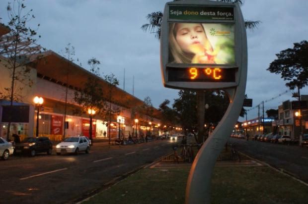 Frente fria derrubou temperaturas; em Dourados, pode gerar hoje Foto: Hedio Fazan  -