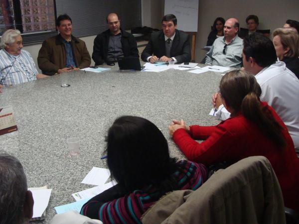 Reunião entre representantes da Famasul e Fetagri - Crédito: Foto: Rosane Amadori