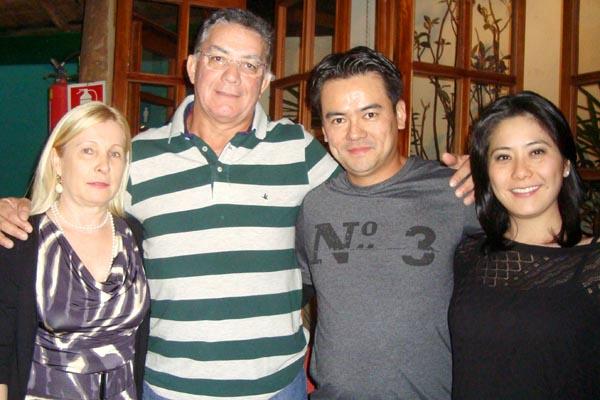 Dra. Simone, Dr. Eduardo, Dr. Ricardo e Sra. Karen -