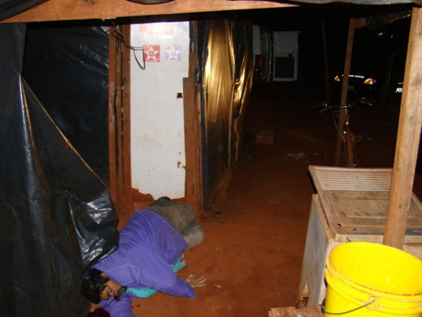 Sem-teto, vítima de assassinato, ainda não foi identificado pela polícia - Crédito: Foto : Sidnei L.