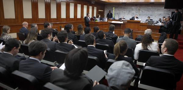 A CCJ do Senado aprovou ontem regra para garantir fidelidade partidária - Crédito: Foto : J.