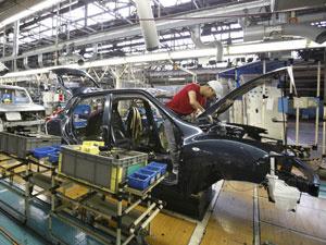 Fábrica da Nissan em Tóquio; Japão ainda sofre com queda nas vendas após terremoto  - Crédito: Foto: Yuriko Nakao/Reuters
