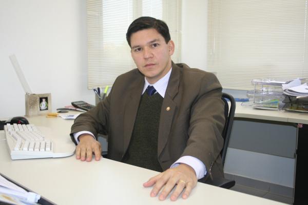 Promotor Paulo Ishikawa diz que projeto da MPE deve ser implementado até  setembro  Foto: Hédio Fazan          -