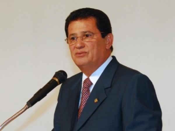 O ministro dos Transportes, Alfredo Nascimento, pediu demissão, em caráter irrevogável Foto: Agência Brasil -