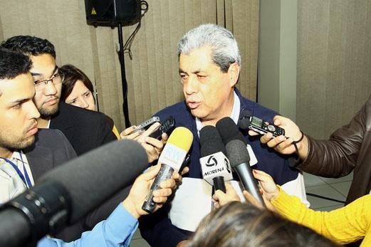 André Puccinelli quer manter diálogo para impedir debandada de aliados - Crédito: Foto: Edemir Rodrigues