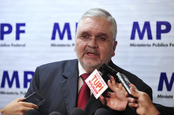 MPF denuncia 36 réus do mensalão -